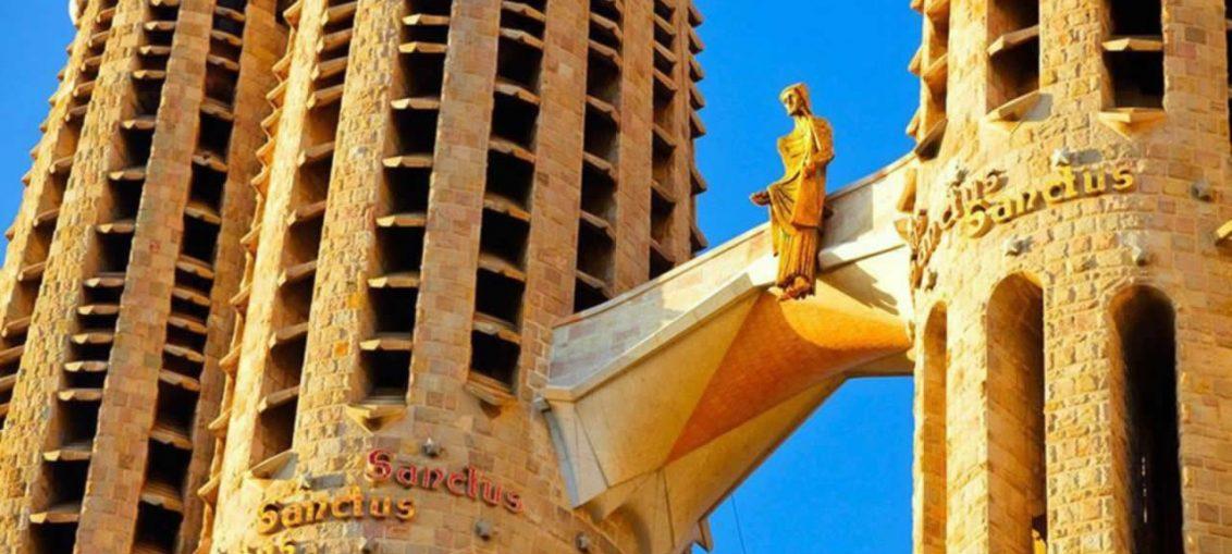 top 10 sagrada familia barcelone